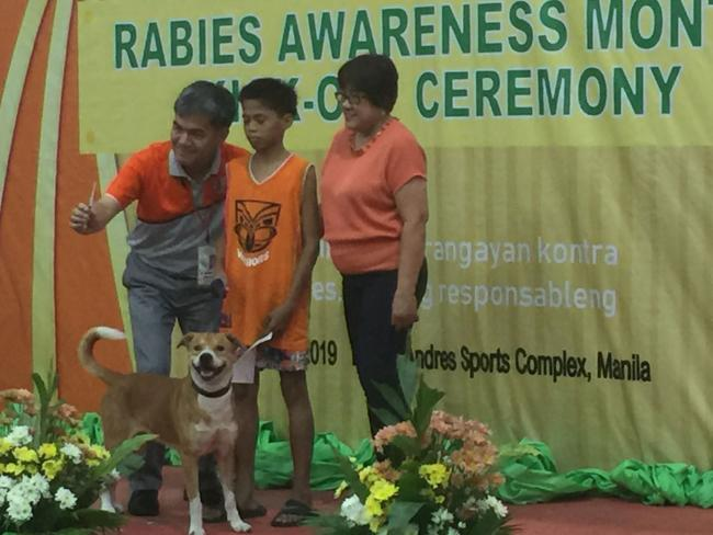 Ceremonial dog vaccination during Rabies Awareness Month. Photo: GARC